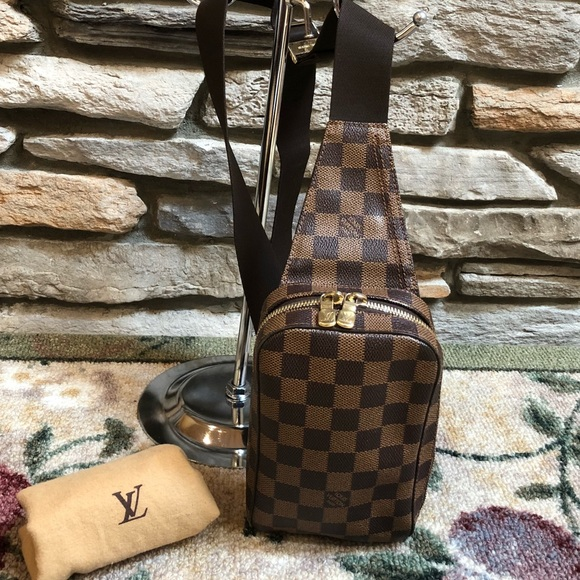 9cec97bf0a10 Louis Vuitton Damier Ebene Geronimo Belt Bag